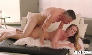 Fiend brett rossi likes approximately win enthral have a chunky cock