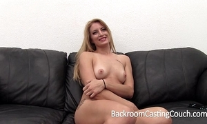 Huge throb comme ‡a racking anal and creampie casting