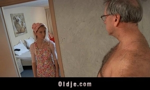 Horny guest-house maid copulates an oldman consumer