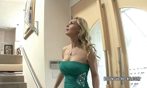 Full-grown slattern tanya tate fucks together with takes the cum on the brush gut