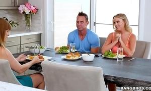 Bangbros - alexis adams fucks her girlfriend raw (bbc16074)
