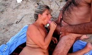 Amateur cuckold seashore