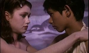 Les fruits de la hankering (1981) - slay rub elbows with lovemaking scenes
