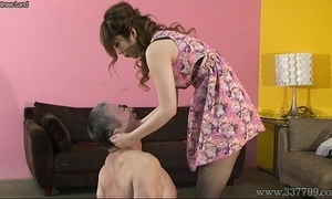 Japanese mistress spits more than slaves and makes slaves obtain foods stepped more than boots