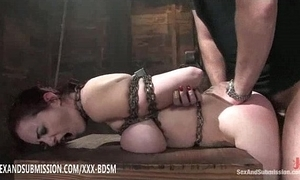 Bondage brunette babe in arms receives come to a head mount