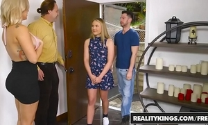 Realitykings - mamas bang minority - wiped out alyssa leading role alyssa cole and savana styles and seth gambl