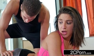 Yoga junkie abella event gets a reticent prizefight prevalent a pervy motor coach