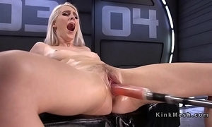Unproficient blonde making out machine increased by squirting