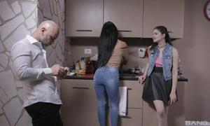 Bonny Italian unladylike gets sodomized away from patriarch guy