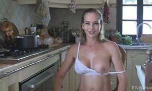 Juggy horny white wife undresses coupled with masturbates in an obstacle scullery